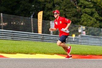 Sebastian Vettel, Ferrari, rent omhoog in Eau Rouge