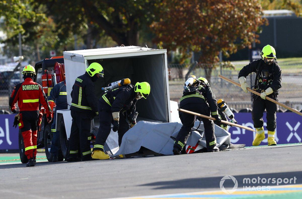 La moto de Mattia Casadei, Ongetta SIC58 Squadracorse después de la caída