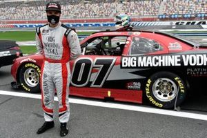 Jade Buford, SS Green Light Racing, Chevrolet Camaro Big Machine Distillery Hand Sanitizer