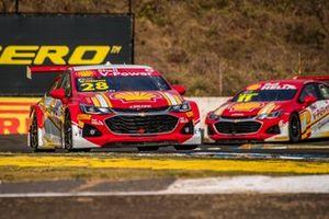 Galid Osman e Gaetano di Mauro no treino classificatório para a etapa de Londrina da Stock Car