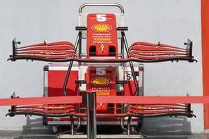 Spare noses for the car of Sebastian Vettel, Ferrari SF1000