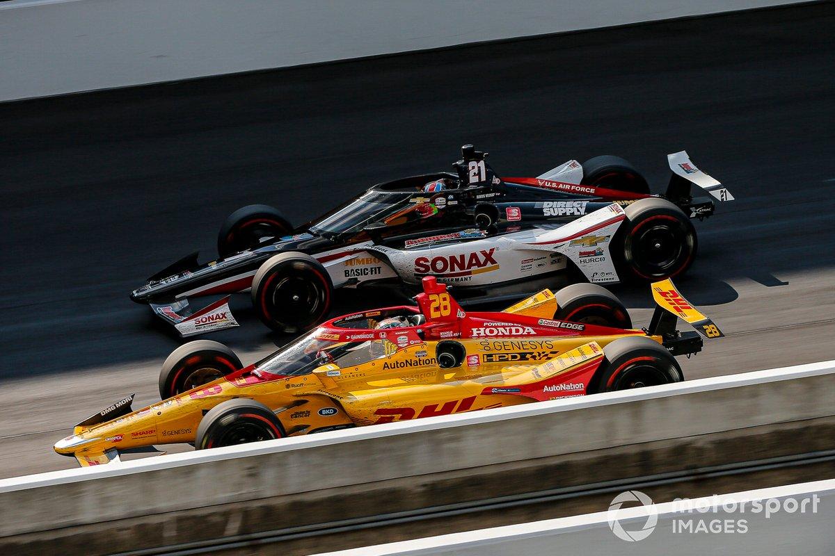 Ryan Hunter-Reay, Andretti Autosport Honda, Rinus VeeKay, Ed Carpenter Racing Chevrolet