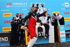 Andre Lotterer, Porsche, 3rd position, dives in front of the BMW I Andretti podium celebration