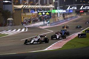 Antonio Giovinazzi, Alfa Romeo Racing C41, Kimi Raikkonen, Alfa Romeo Racing C41, and Esteban Ocon, Alpine A521
