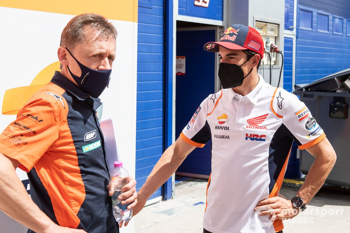 Mike Leitner, Red Bull KTM Factory Racing, Marc Márquez, Repsol Honda Team