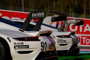 #91 Porsche GT Team Porsche 911 RSR - 19: Gianmaria Bruni, Richard Lietz, #92 Porsche GT Team Porsche 911 RSR - 19: Kevin Estre, Neel Jani