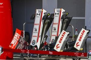 Alfa Romeo front wings and nosecones