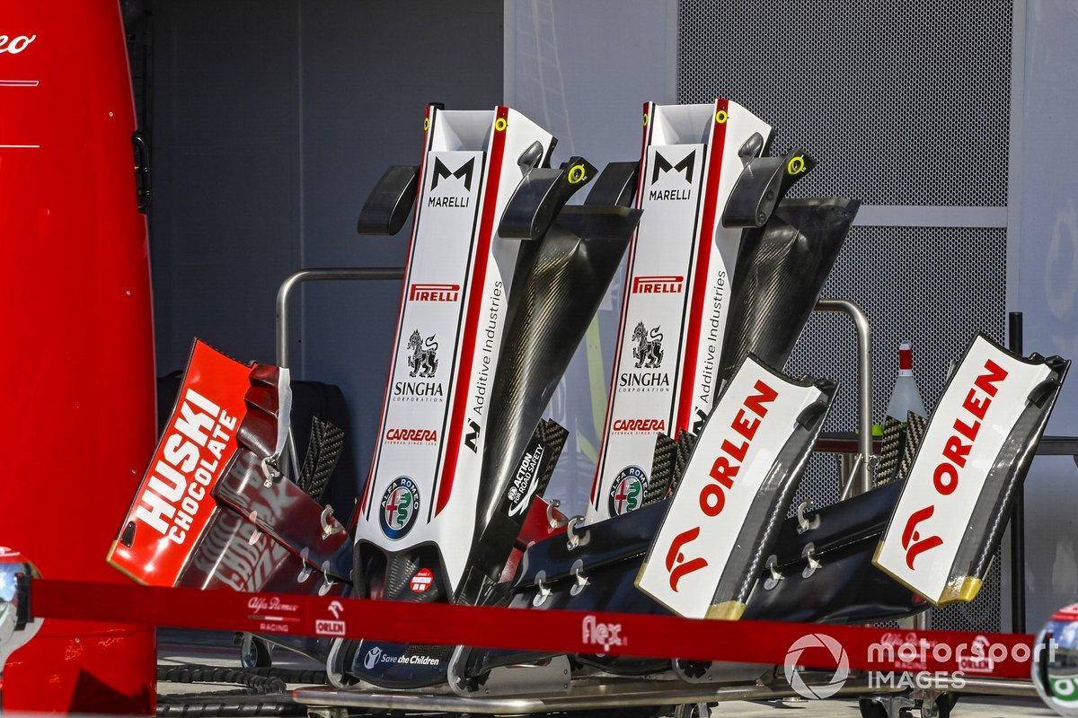 Morros y alerones delanteros de Alfa Romeo