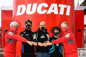 Luca Marini en Enea Bastianini, Esponsorama Racing with Luigi Dall'Igna, Ducati General Manager, Raul Romero, Esponsorama Racing Team en Paolo Ciabatti, Ducati Sporting Director