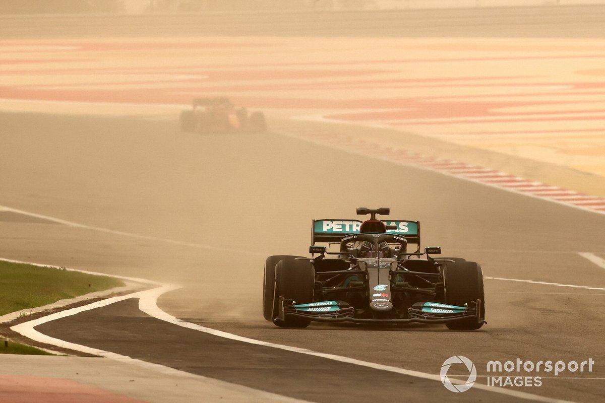 Lewis Hamilton, Mercedes W12, entra in pit lane