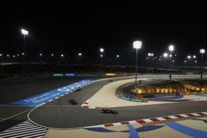 Lewis Hamilton, Mercedes F1 W11, Valtteri Bottas, Mercedes F1 W11, Max Verstappen, Red Bull Racing RB16, en Alex Albon, Red Bull Racing RB16