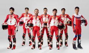 Para Pembalap Astra Honda Racing Team (AHRT): Mario Suryo Aji, Irfan Ardiansyah, Rheza Danica, M Adenanta Putra, Lucky Hendriansya, Herjun Atna Firdaus, Delvintor Alfarizi