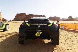 Mikaela Ahlin-Kottulinsky, Jenson Button, JBXE Extreme-E Team