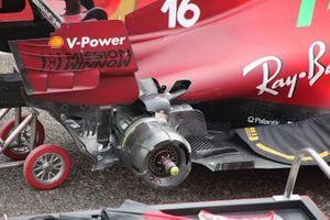 Ferrari SF21 rear wheel detail