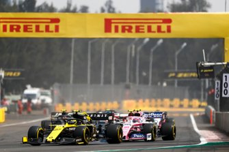 Nico Hulkenberg, Renault R.S. 19, leads Lance Stroll, Racing Point RP19