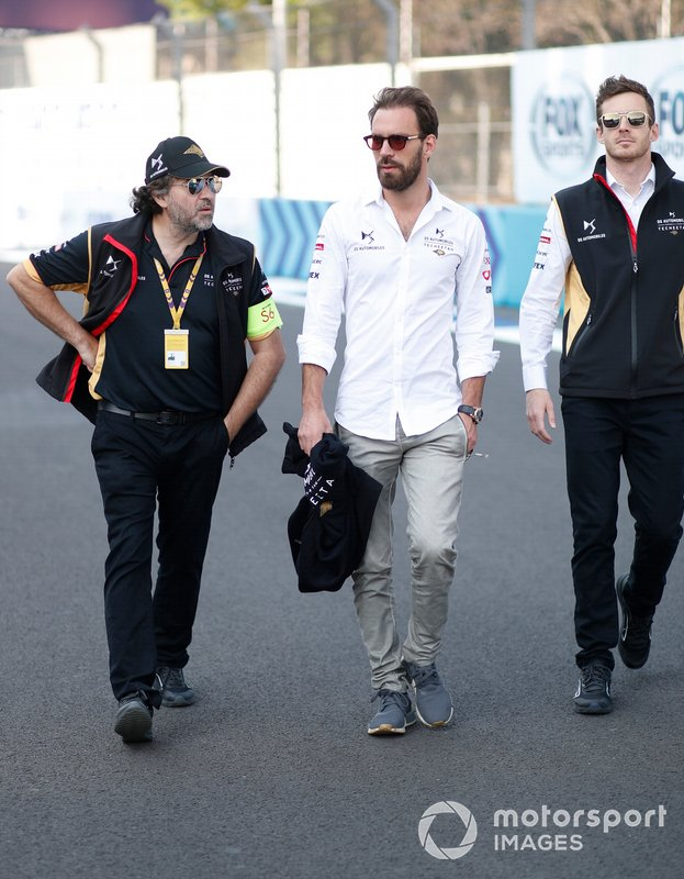 Jean-Eric Vergne, DS Techeetah, during his track walk with his engineer Pascal Tortosa, DS Techeetah Race Engineer