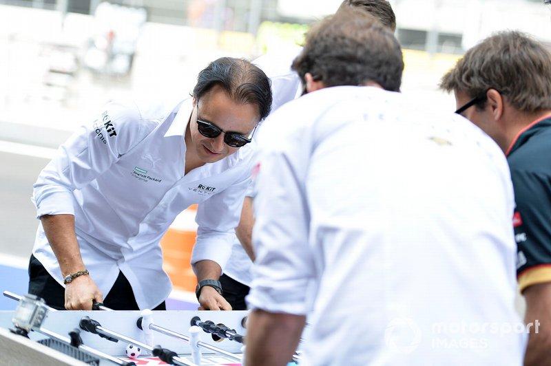 Felipe Massa, Venturi, Edoardo Mortara, Venturi play table football against Jean-Eric Vergne, DS Techeetah, Antonio Felix da Costa, DS Techeetah