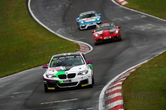 #682 BMW M240i Racing Cup: Tim Groneck, Dirk Groneck