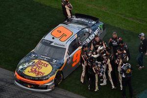 Noah Gragson, JR Motorsports, Chevrolet Camaro celebrates his win