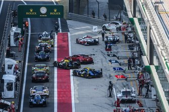 WEC-Autos in der Boxengasse