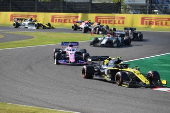 Nico Hulkenberg, Renault F1 Team R.S. 19, leads Sergio Perez, Racing Point RP19, Antonio Giovinazzi, Alfa Romeo Racing C38, Kevin Magnussen, Haas F1 Team VF-19, and Romain Grosjean, Haas F1 Team VF-19
