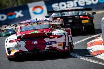 #4 Grove Racing Porsche GT3 R: Stephen Grove, Brenton Grove, Benjamin Barker