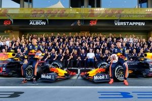 Red Bull Racing Team, Alexander Albon, Max Verstappen