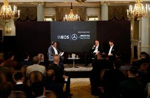 Sir Jim Ratcliffe Presidente e Amministratore Delegato del gruppo chimico Ineos Direttore Esecutivo (Business), Mercedes AMG