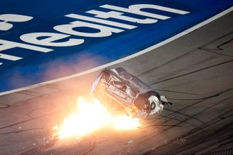 Last Lap. Ryan Newman, Roush Fenway Racing, Ford Mustang Koch Industries, crash