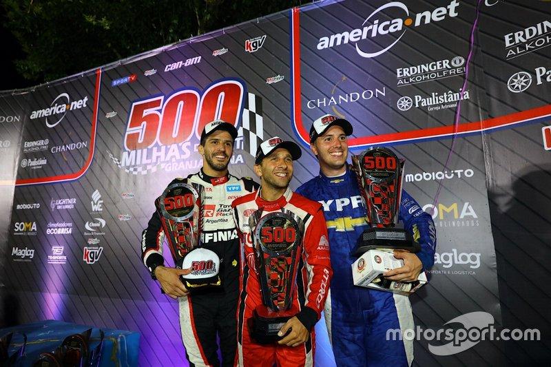 Equipe Spirit Sports, formada por pilotos argentinos como Matías Rossi, também subiu no pódio