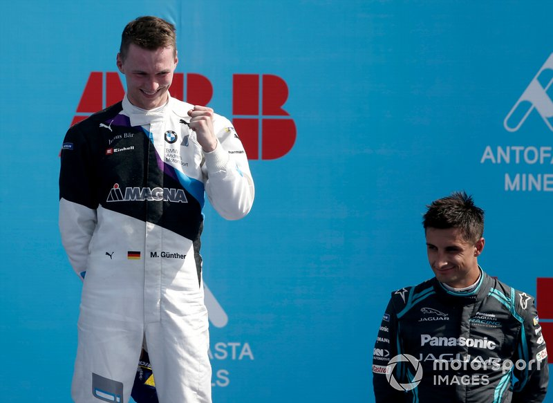 Race winner Maximilian Günther, BMW I Andretti Motorsports celebrates on the podium with Mitch Evans, Jaguar Racing, 3rd position
