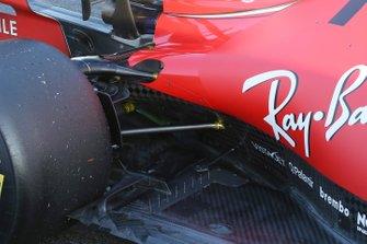 Detalle lateral del fondo plano del Ferrari SF1000
