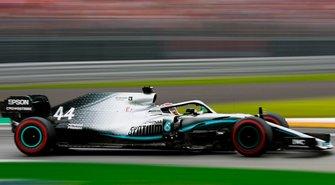 Mercedes-AMG F1 W10 (vergelijking)