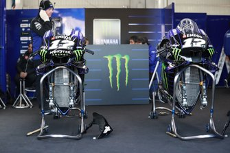 Box: Yamaha Factory Racing