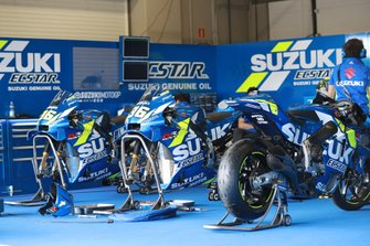 Box: Team Suzuki MotoGP