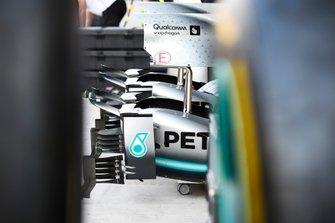 Mercedes AMG F1 W10, bodywork in the pit lane