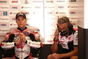 Takaaki Nakagami, Team LCR Honda, mit Giacomo Guidotti