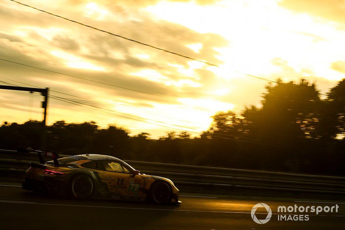 #72 Hub Auto Racing Porsche 911 RSR - 19 LMGTE Pro, Dries Vanthoor, Alvaro Parente, Maxime Martin