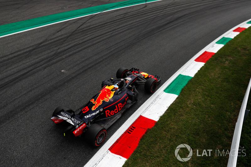 Daniel Ricciardo – volta 25