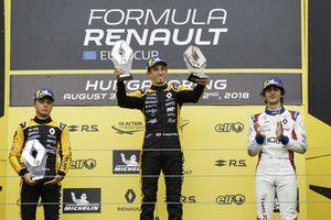 Podium: Winnaar Christian Lundgaard, MP motorsport, nummer twee Max Fewtrell, R-Ace GP, nummer drie Lorenzo Colombo, JD motorsport