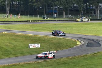 #911 Porsche Team North America Porsche 911 RSR, GTLM - Patrick Pilet, Nick Tandy, #24 BMW Team RLL BMW M8 GTLM - John Edwards, Jesse Krohn