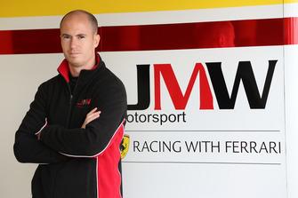 #66 JMW Motorsport Ferrari F488 GTE: Alex MacDowall