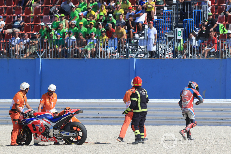 Stefan Bradl, HRC Honda Team crash