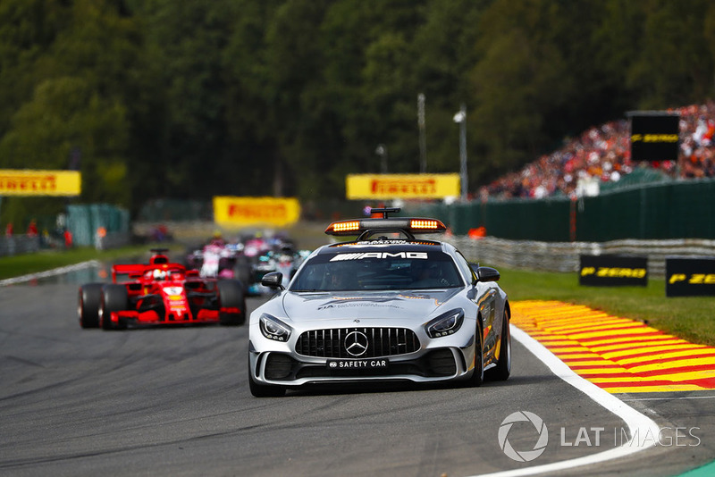 El coche de seguridad y Sebastian Vettel, Ferrari SF71H