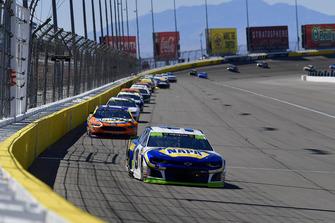 Chase Elliott, Hendrick Motorsports, Chevrolet Camaro NAPA Auto Parts, Ricky Stenhouse Jr., Roush Fenway Racing, Ford Fusion SunnyD