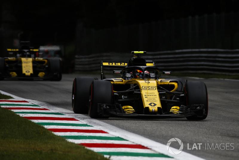 Carlos Sainz Jr., Renault Sport F1 Team RS 18 y Nico Hulkenberg, Renault Sport F1 Team RS 18