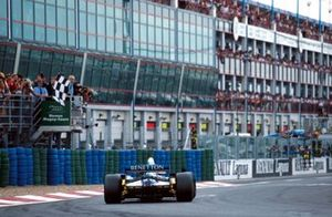 1. Michael Schumacher, Benetton B195