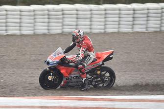 Michele Pirro, Ducati team runs wide
