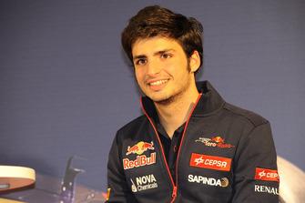 Carlos Sainz Jr., Scuderia Toro Rosso inicios