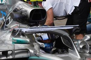Valtteri Bottas, Mercedes-AMG F1 W09 with halo aero paint